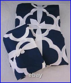 Pottery Barn Teen Lucky Clover Twin Duvet & Standard Sham Set White & Royal Navy